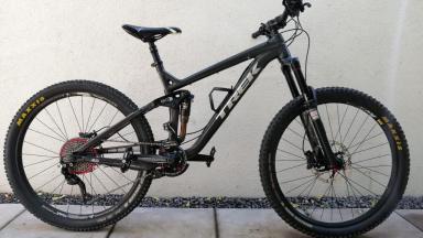 Bicicleta Mountain Bike  Trek Slash 8