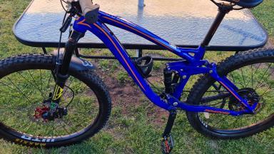 Bicicleta Mountain Bike  Mongoose Salvo